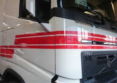 0608094441-vrachtwagenbelettering